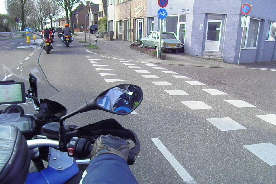 Motorrijbewijspoint Almere theorie cursus online